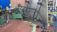 Frame vastklemmen op gabarit Marchetti ML301/N